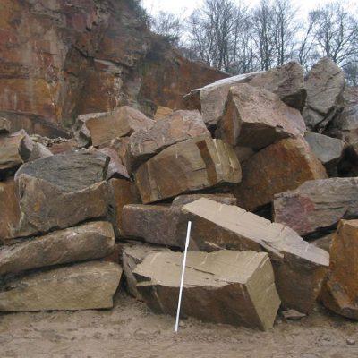 Felsen baggersortiert